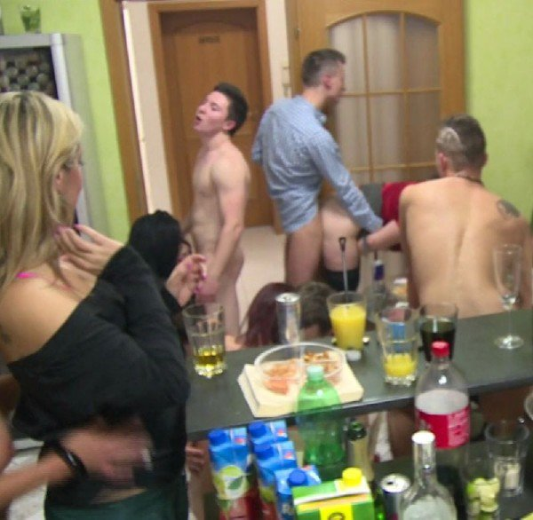 CzechMegaSwingers: Czech Mega Swingers 19 - Part 7 1080p