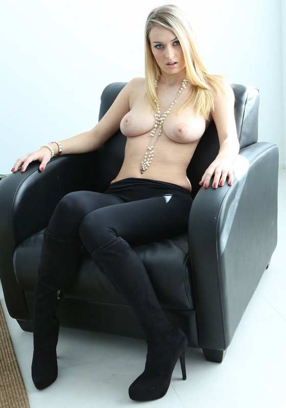 Passion-hd: Natalia Starr - She Want Fuck With Friend 720p