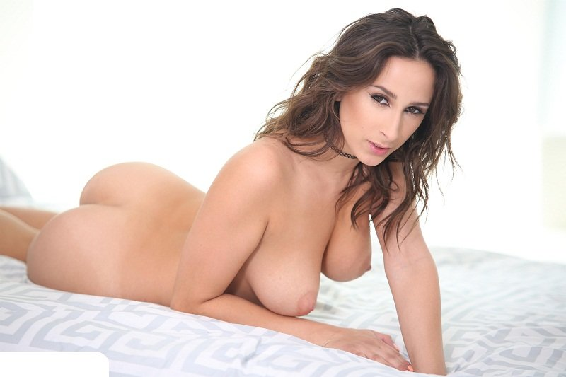 Squirt: Ashley Adams - Fucked To Squirting 400p