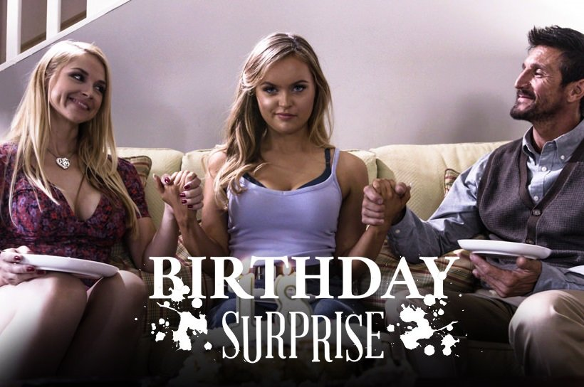 FamilyTherapy: Sarah Vandella and River Fox - Birthday Sex Surprise 544p